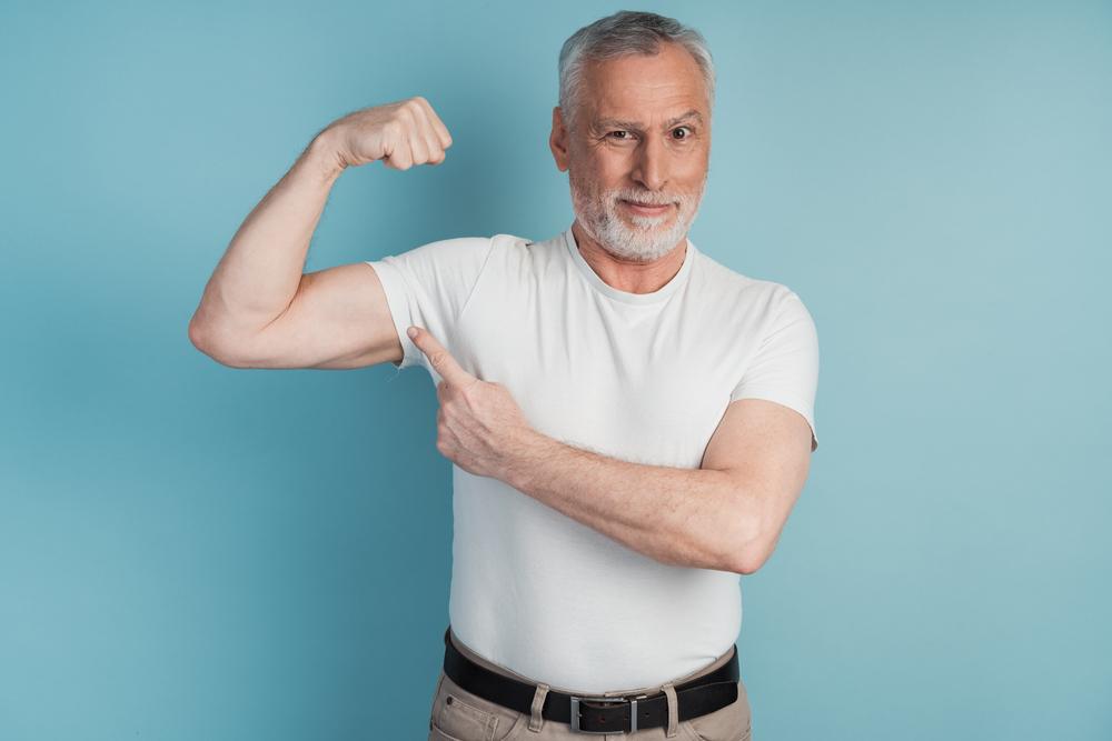 Dieser Zeittrick hilft Ihnen dabei, Muskeln aufzubauen (exklusiv für Senioren!)